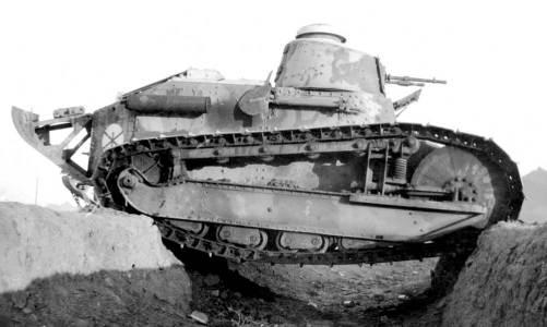 Renault tank 100 yaşında
