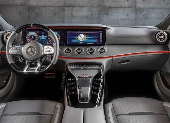 MERCEDES-AMG GT 4 KAPILI COUPE