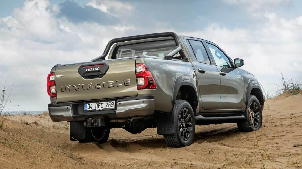 Yeni Toyota Hilux kaç paradan satışa sunuldu?
