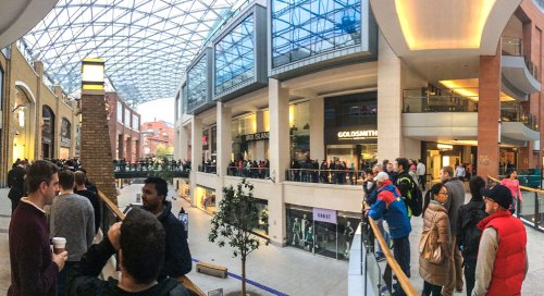 iPhone 6 Launch at Belfast Apple Store