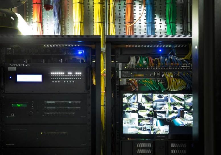 London Smart Home byPro Install AV - Rack 2