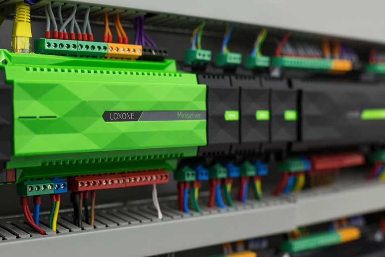 Loxone DIN Rail Rack