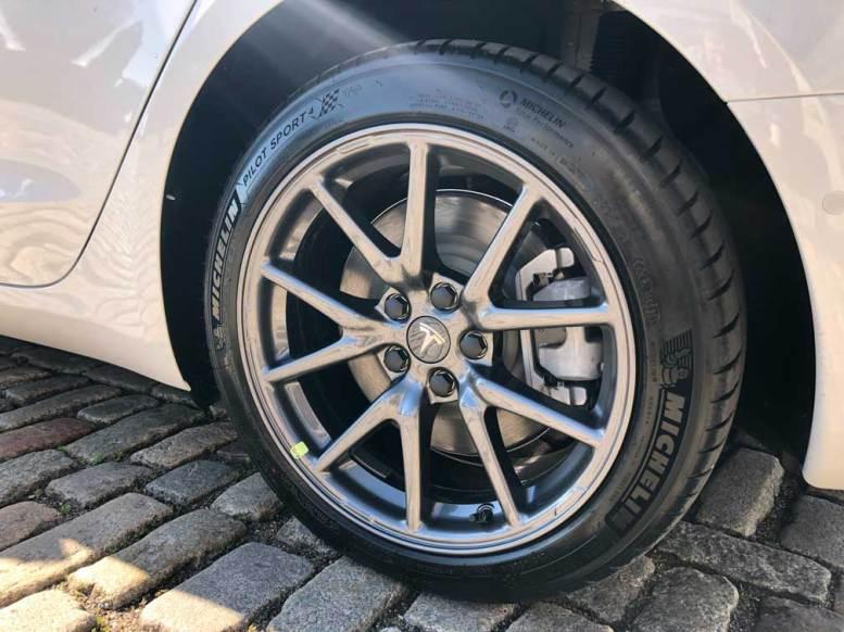 Tesla Model 3 UK - The First 3,500 Mile Mega Review ...