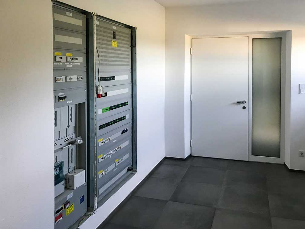 Austrian Self-Build - Loxone Cabinet