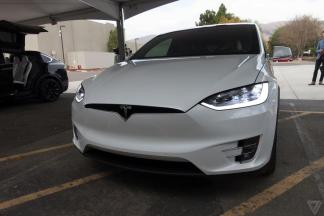 tesla-model-x-launch-025-2040.0