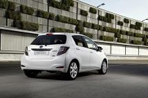 Les feux arrières de la Toyota Yaris Hybride