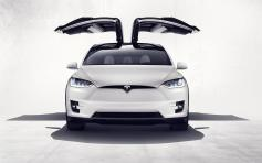 tesla-model-x-official_07