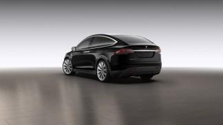 La Tesla Model X en noir