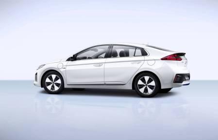 hyundai-ioniq-hybride-rechargeable-0016