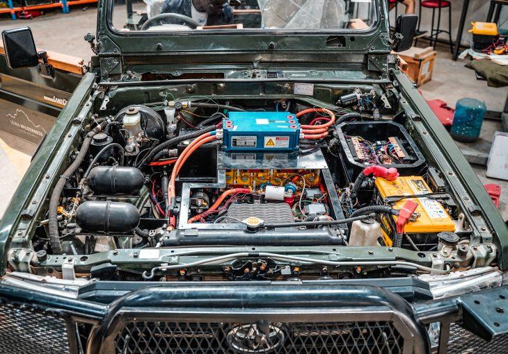 veut convertir les voitures thermiques