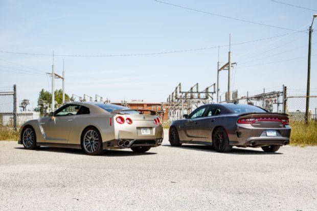 2015 Dodge Charger SRT Hellcat Vs 2016 Nissan GT R 21
