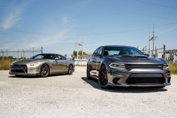 2015 Dodge Charger SRT Hellcat Vs 2016 Nissan GT R 26