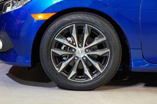 2016 Honda Civic Coupe Reveal Wheel