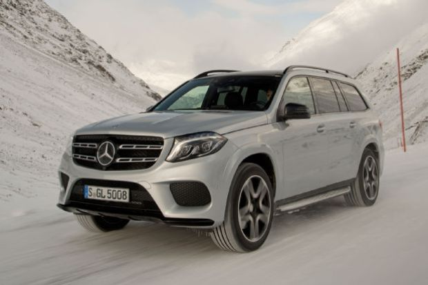 2017 Mercedes Benz GLS550 4Matic Front Side View In Snow