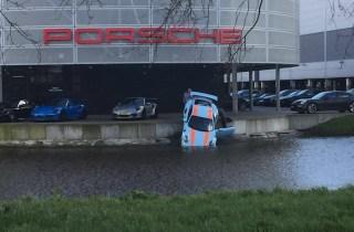 Mechanic drops new Porsche 911 GT3 RS in waterway