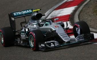 Rosberg wins 2016 Chinese Grand Prix, Kvyat makes podium