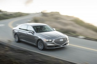 Subaru Outback nominated for top award, 2020 Genesis G90 first drive, Cadillac's EV push: What's New @ The Car Connection