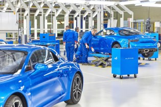 Renault reportedly considering turning Alpine into performance EV brand