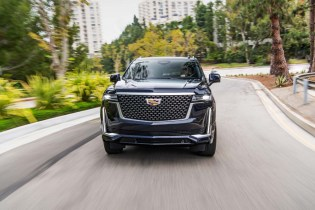 First drive review: 2021 Cadillac Escalade intimidates with size, ingratiates with tech