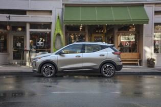 2022 Chevrolet Bolt EUV earns EPA range rating of 247 miles