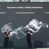 "Tesla needs to remedy ""Baskin-Robbins of batteries"" situation, says Musk"