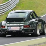 Singer 911 DLS takes to the 'Ring