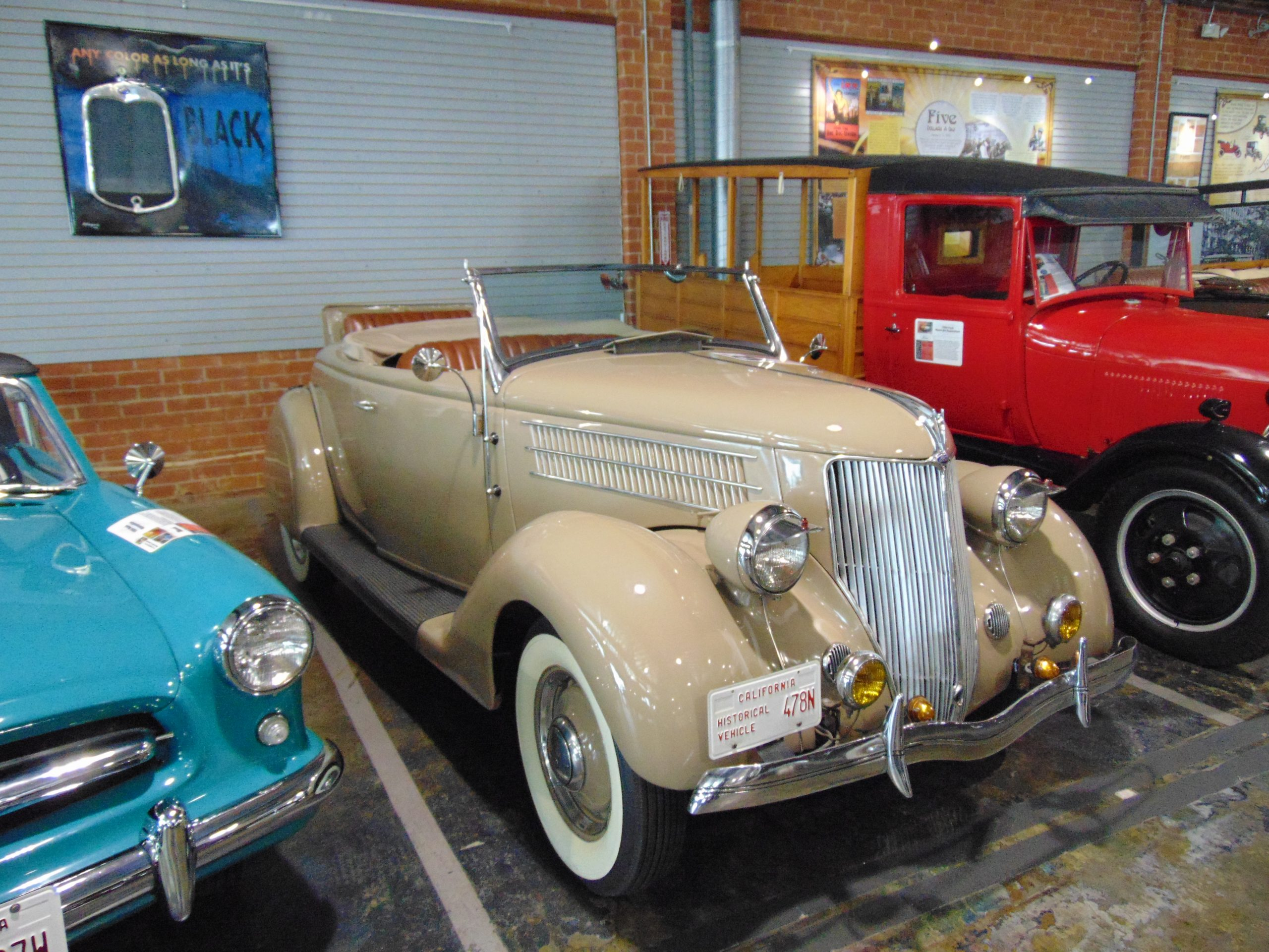 1936 Ford Roadster for Rent