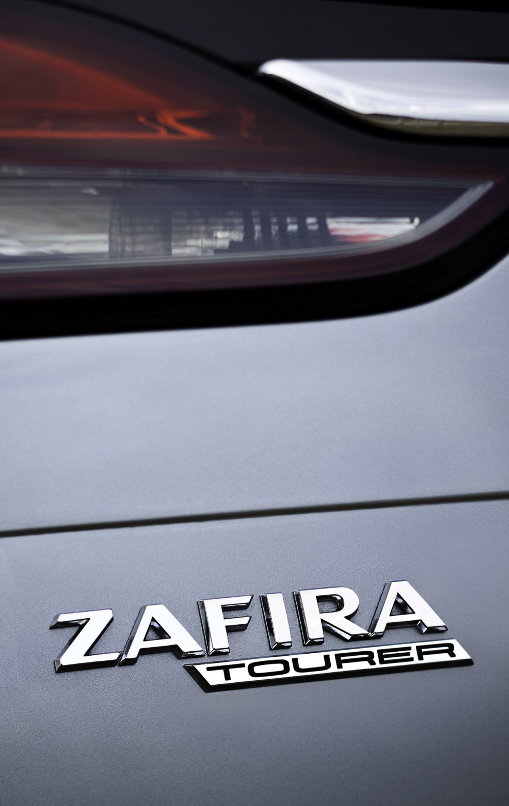 medium resolution of 2012 vauxhall zafira tourer