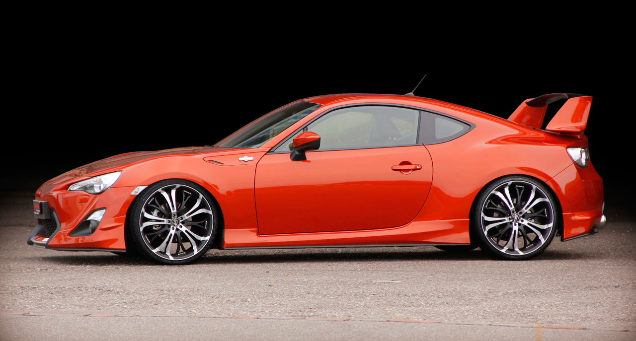 Fast Cars And Girls Wallpaper Aerotechnik Toyota Gt86 Equipped With Barracuda Racing Wheels