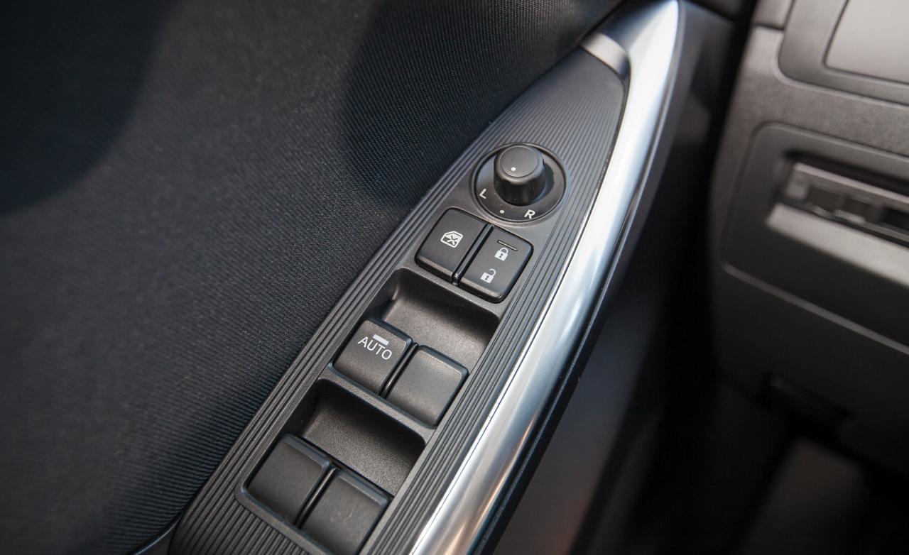 Defekte Autoteile vor dem Verkauf von Gebrauchtwagen - Was tun?