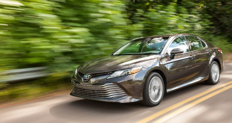 all new camry hybrid review konsumsi bbm grand veloz 1.3 2018 toyota xle