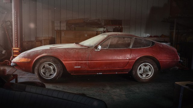 Ferrari Daytona Auction
