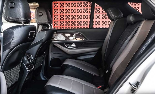 Mercedes Benz GLE 2019 rear seat
