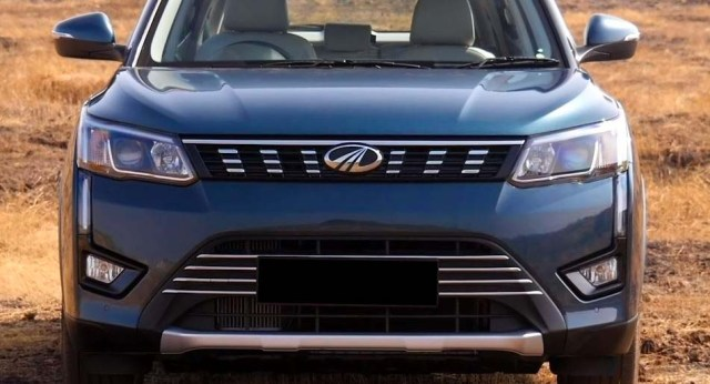 2019 Mahindra XUV 300 Review Front Grille