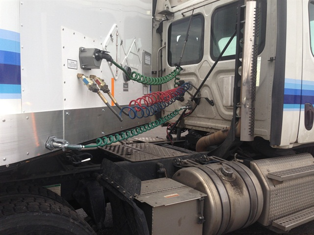 kenworth wiring diagrams detached garage sub panel diagram volvo semi tractor engine | get free image about