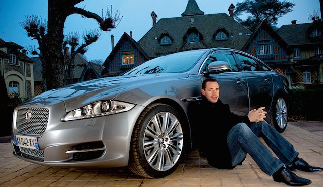Michael-Llodra-et-la-Jaguar-XJ-Toutes-griffes-dehors