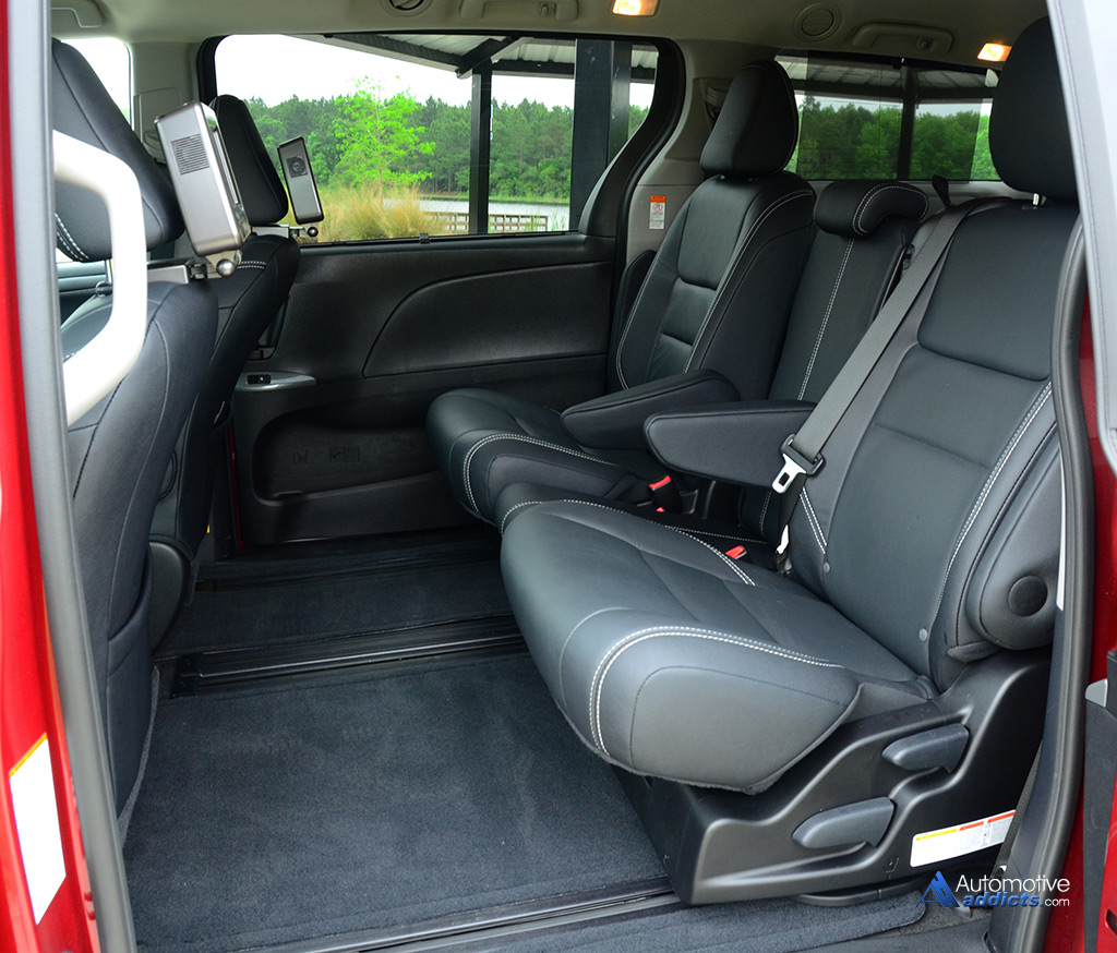 toyota sienna captains chairs removal plastic chair rail moulding 2015 se review and test drive