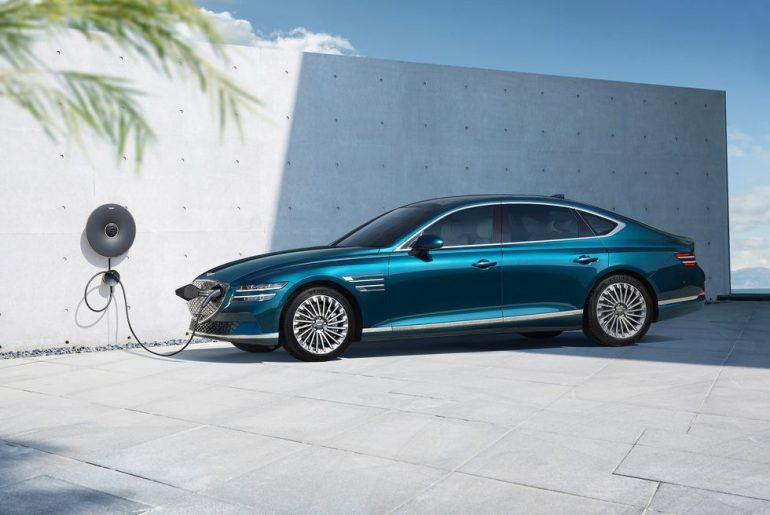 2023 Genesis G80 EV (Electrified G80) charging