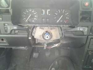 Kadett bez kierownicy