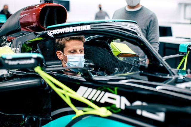 Grosjean in Mercedes