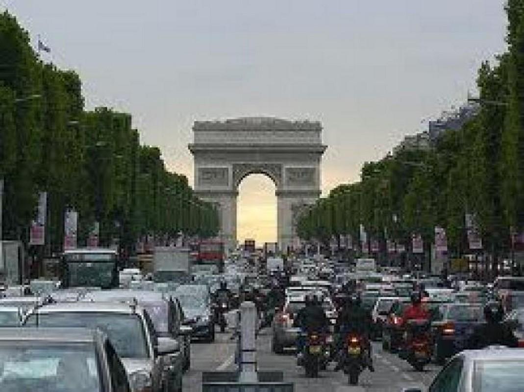 Europa empieza a luchar contra la contaminación del tráfico