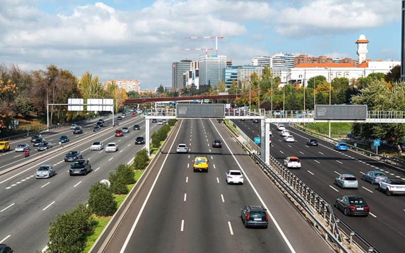 ¿Puedes circular por Madrid con un coche sin distintivo ambiental?