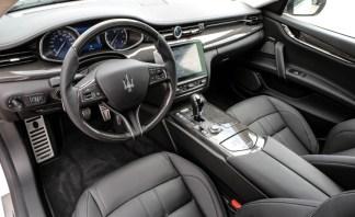2017-Maserati-Quattroporte-GTS-183-876x535