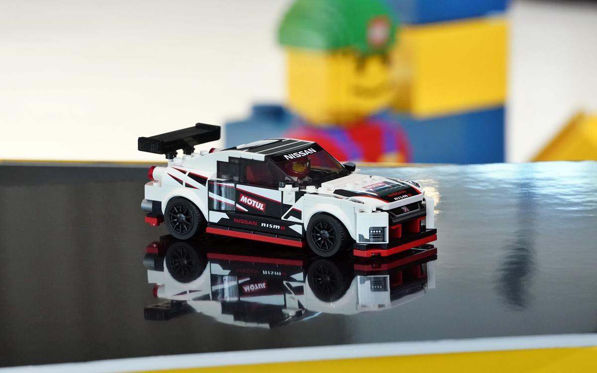 El Nissan GT-R NISMO by LEGO sale a pista...