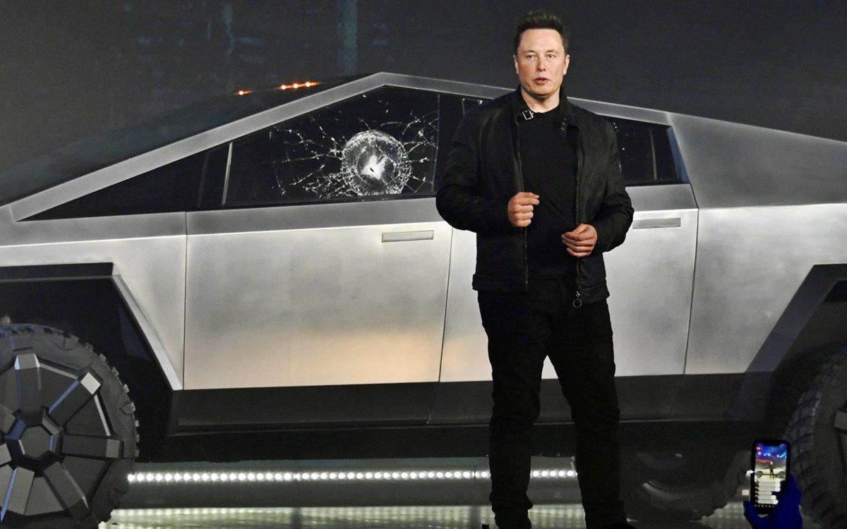 Tesla Cybertruck: ¿Por qué se rompieron sus vidrios durante la presentación?