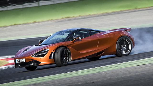McLaren razmatra razvoj modela s pogonom na sva četiri kotača