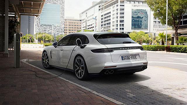 Porsche postavio novi prodajni rekord