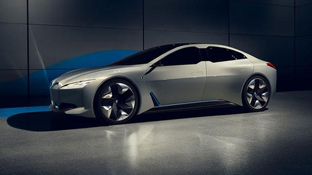 Produkcijski BMW iNext s autonomijom od oko 700 km