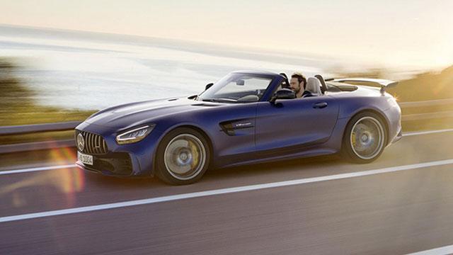 Mercedes-AMG predstavio GT R Roadster