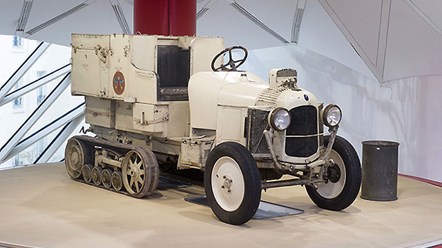 Obnovljen Citroën Scarabee d'Or – prvo vozilo koje je prešlo Saharu